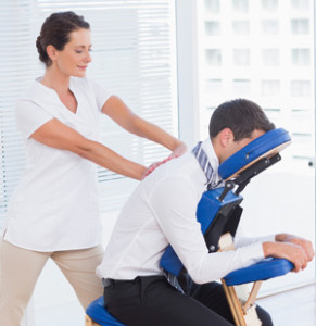 chair-massage-in-the-office